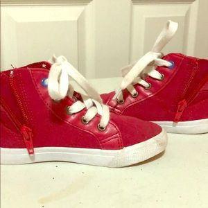 Size 10  Cat & Jack sneakers